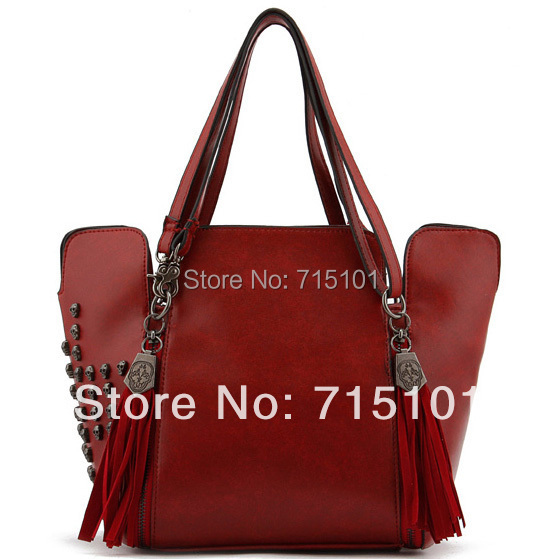 New shoulder bags for women punk rivet totes bags with skull fashion messenger bag for ladies with wine red and black color