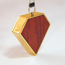 Lobularไม้จันทน์สีแดงสร้างสรรค์เบาD USBค่าใช้จ่ายบุหรี่อิเล็กทรอนิกส์ของขวัญที่สร้างสรรค์งานฝีมือไม้