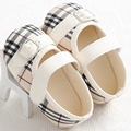 2015 new children's shoes are girls, indoor soft bottom baby shoes, for 0-18 months are red and blue plaid, Beige Khaki color