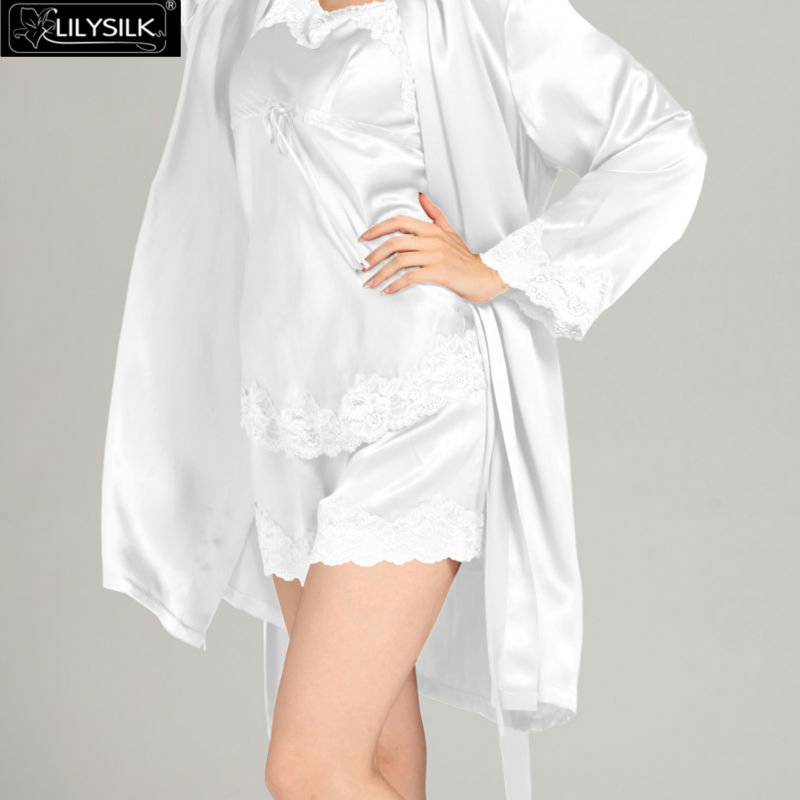 1000-white-22-momme-short-lacey-silk-camisole--dressing-gown-set-03