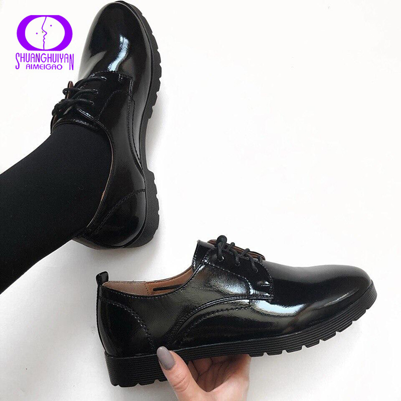 AIMEIGAO Patent Leather Women Flats Shoes Spring Autumn Black Casual Shoes Ladies Lace-Up Soft Leather Women Oxford Shoes