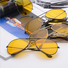 2017 Night Vision Driving Glasses Gold Metal Frame Aviation Yellow Lens Driver Eye glasses for Men Women Eyeglasses