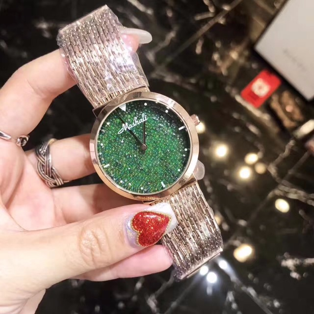 2017 New Style Women Watch Fashion Green Crystal tassel Women Bracelet Watch Fem