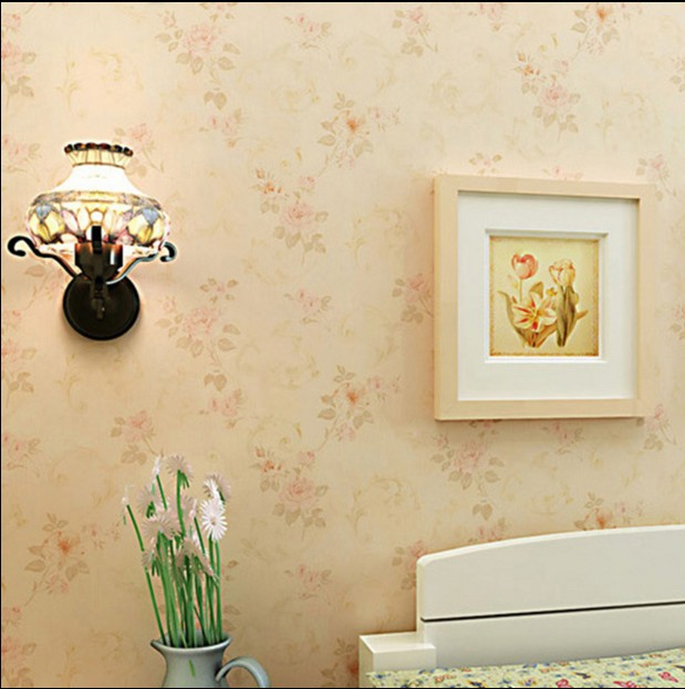 new hot sale bedroom pink background wallpaper The sitting room put with non-woven rural flower sweet vintage yellow wall paper цена 2016