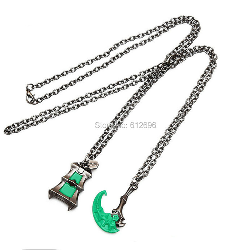 Anime Cosplay Thresh the Chain Warden Necklace Thresh Pendants Charms Accessories Couples Necklace Pendant Action Figure sosw fashion anime theme death note cosplay notebook new school large writing journal 20 5cm 14 5cm