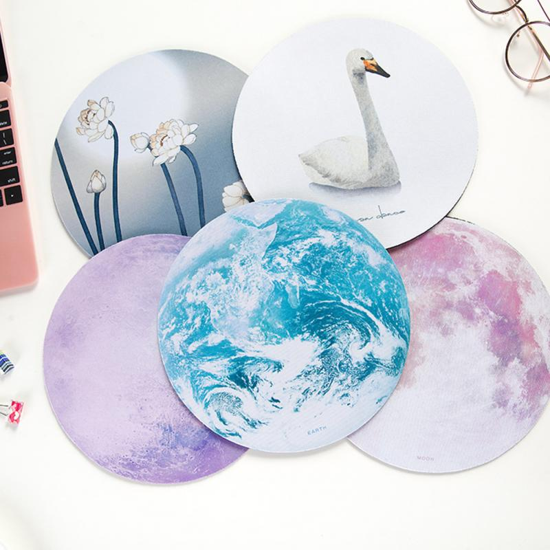 Beautiful Computer Mouse Padding Mat Ultra Soft Natural Rubber Planet Series Mice Pad Round Gaming Romantic Mouse Pads