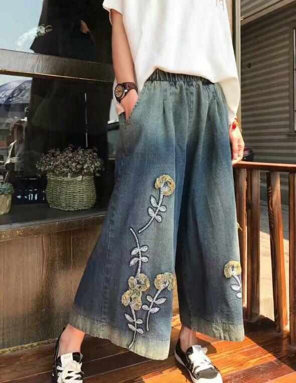 ФОТО 2017 Spring Women New Arrival Elastic Waist Embroidery Pockets Wide Leg Pants Loose Large Size Denim Jeanns