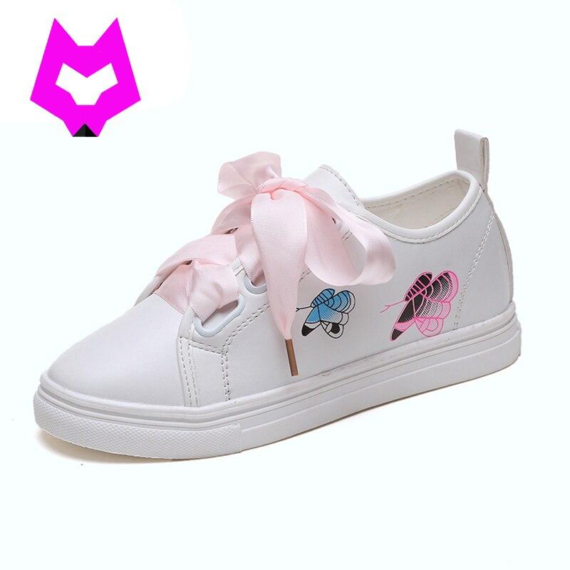 Woman White Shoes With Silk Ribbon Bows Women Shoes Tenis Feminino Rihanna Celebrity Cross Tie Sweet Riband Flat Sapato Feminino