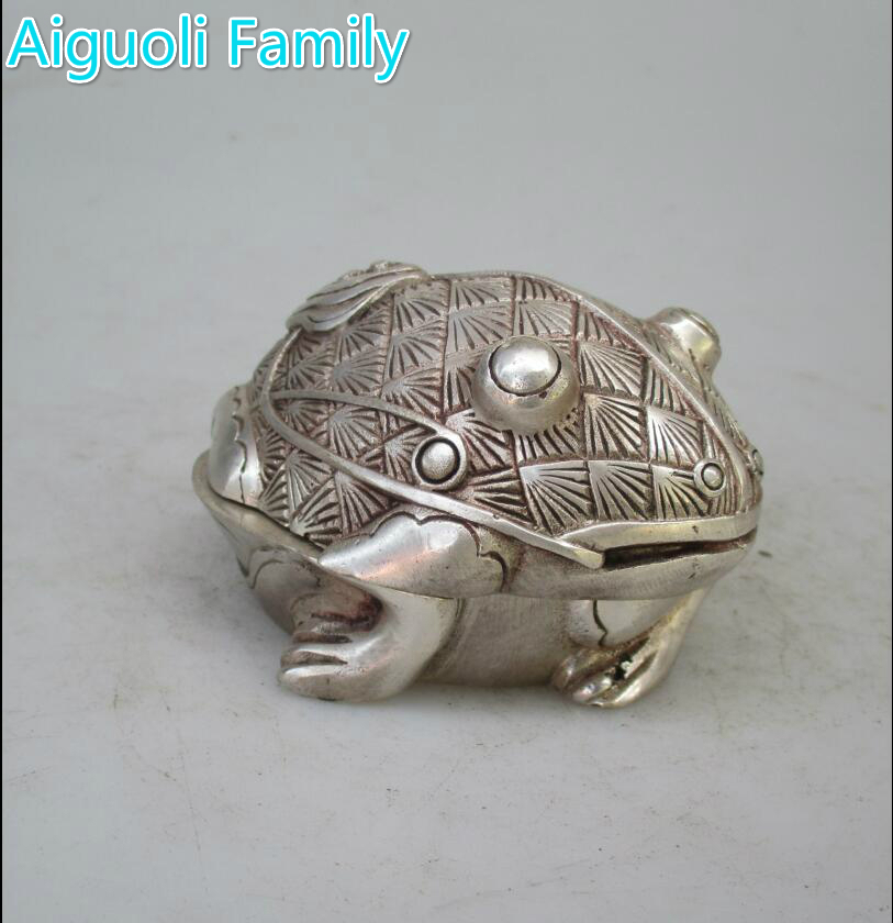 Chinese Antiques China Hand-Carved Precious Tibetan Silver Frog Statue Ring
