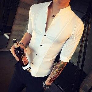Image 2 - Stand Kraag Chinese Stijl Overhemd Mannen Slim Fit Korea Kleding Mannen Half Mouw 2018 Zomer Designer Club Shirt Camisa Masculina