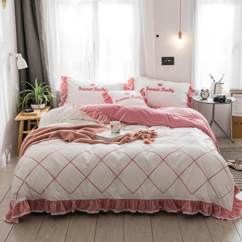 4/6pcs soft cashmere Bedding Set king queen twin size girls Duvet Cover and Pillowcases Princess style  Bed Linen4/6pcs soft cashmere Bedding Set king queen twin size girls Duvet Cover and Pillowcases Princess style  Bed Linen