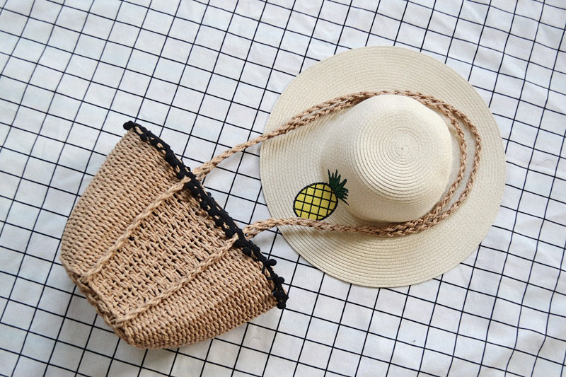 REREKAXI New Bohemian Beach Bag for Women Cute Handmade Straw Bags Summer Grass Handbags Drawstring Basket Bag Travel Tote 9