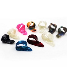 1pc Wholesale Top Quality M Size Right Hand Thumb Guitar Picks Giutar Plectrum Celluloid Guitar Parts & Accessories