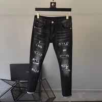 Модные Для мужчин джинсы 2019 взлетно посадочной полосы роскошь известный бренд Европейский дизайн вечерние стиль Мужская одежда WD03143