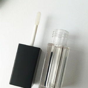Image 5 - Empty 5 ML Lip Gloss Wand Tubes Square Black White Cosmetic Container Makeup Packaging Lipgloss Containers with Brush 120pcs/lot