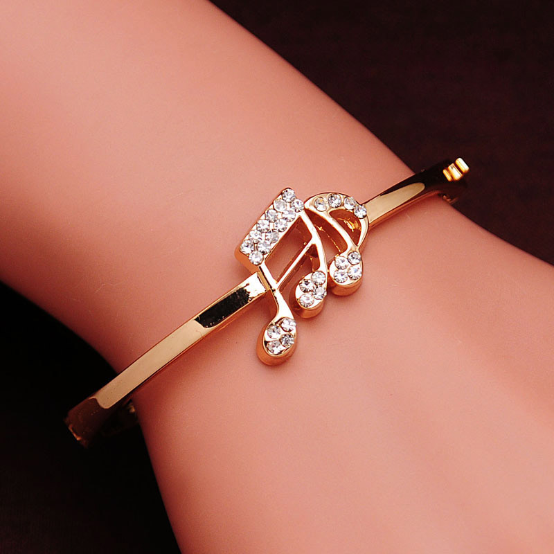 Free shipping Austrian Crystal Rose Gold Color Women Bangles Romantic Valentine's Day Gift Fashion Bracelet Women Lady