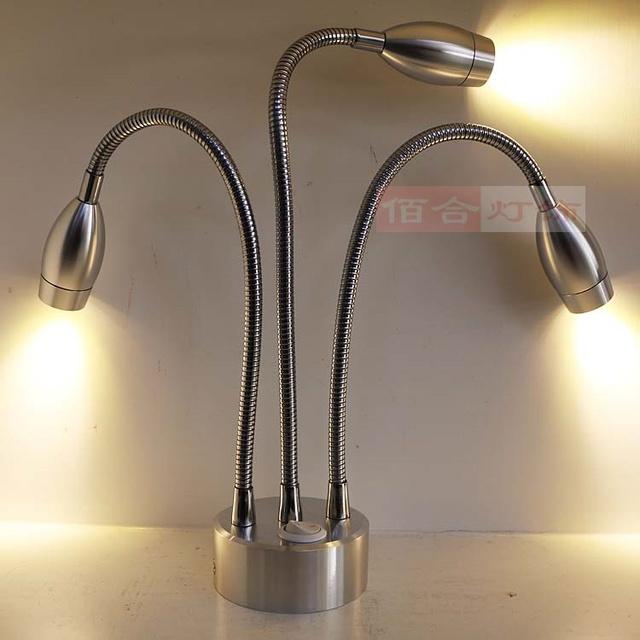 Lámpara de la lámpara de carga de la batería de tres lámpara manguera con una fuente de alimentación vitrina de joyas contador tienda celosía luces