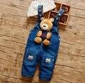 2016 nuevo bebé de la llegada pantalones vaqueros bebé de la historieta de mezclilla amor oso diseño
