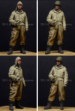 resin assembly  Kits 1/ 35  WW2 US AFV Crew in winter with overcoat    Unpainted Kit Resin Model Free Shipping