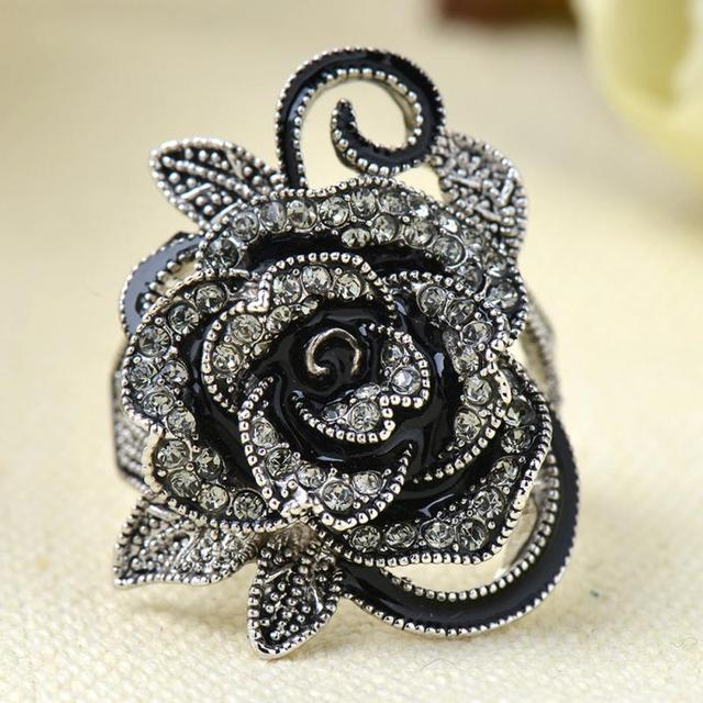 Fashion New Gothic Style Vintage Jewelry Black Rose Flower Cute Female Ring with