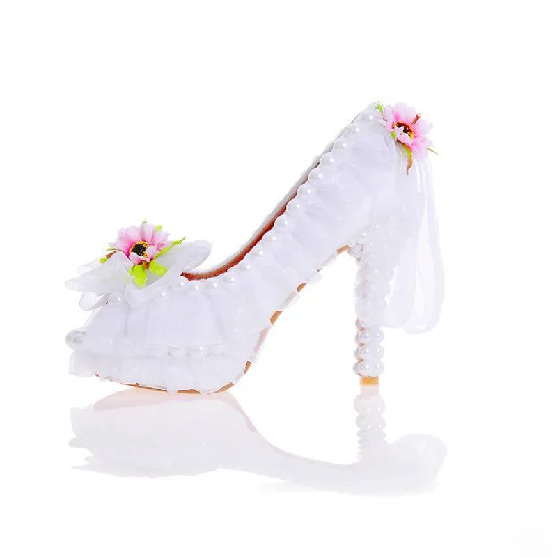 ФОТО 2017 Beautiful Flower Wedding Shoes Peep Toe New Year Party Dress Shoes Banquet Prom Pumps Handmade White Lace Bridal Shoes