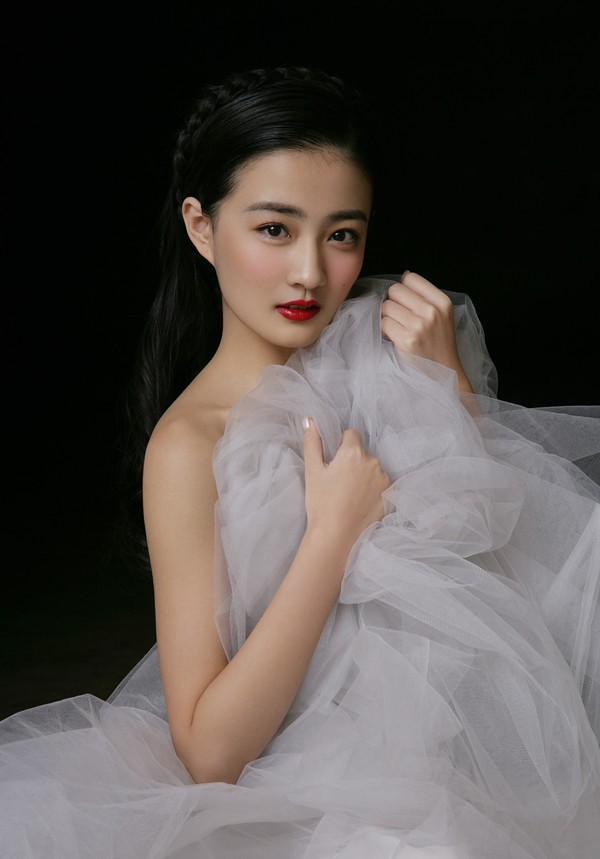 A-line Tulle Simple White Wedding Dress 2