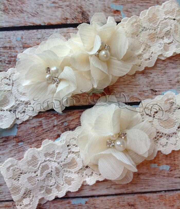 Ivory Garters Wedding: Fall SALE IVORY CHIFFON Wedding Garter Set Lace Garter