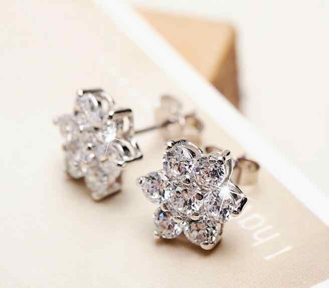 OMHXZJ Atacado Moda jóias da mulher da menina de neve flores de Três mandíbula Mosaic AAA zircon S 925 Sterling Silver Stud Earrings YS41