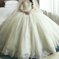 Sexy Arabic Full Sleeves Ball Gown Romantic Applique Flower Floor Length Wedding Party Dress