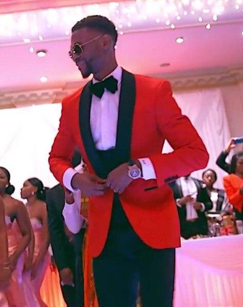 Klassieke Stijl Een Knop Rode Bruidegom Tuxedos Bruidsjonkers mannen Wedding Prom Suits Bruidegom (Jasje + Broek + Vest + Vlinderdas)-in Pakken van Mannenkleding op  Groep 1
