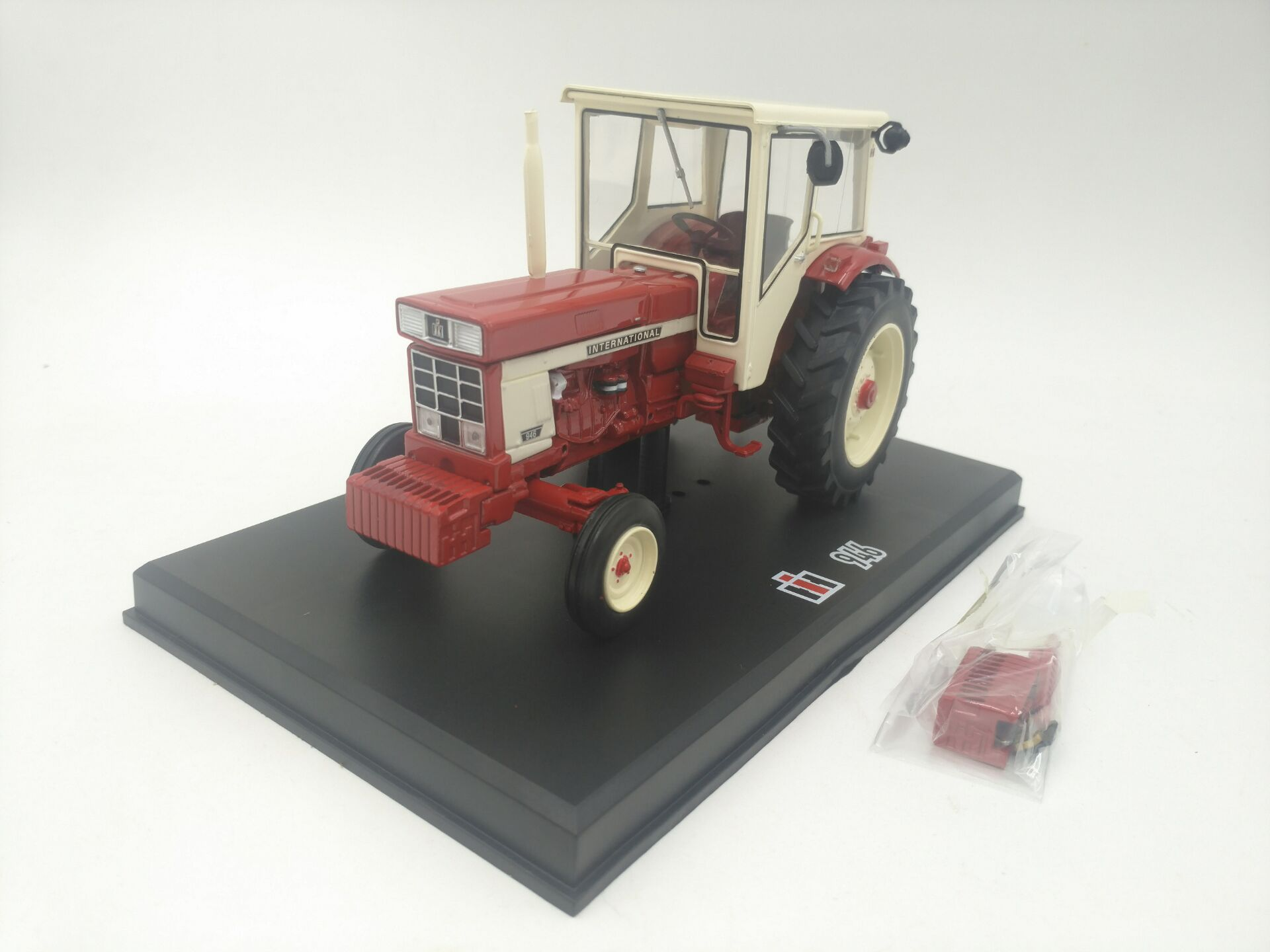Responsible Uh 1:43 Renault D22 1956 Agricultural Tractors Alloy Toy Car Toys For Children Diecast Model Car Birthday Gift Freeshipping Diecasts & Toy Vehicles