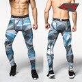 Hombres 2016 Verano Pantalones Pantalones de Las Medias de Compresión Culturismo Mans Camuflaje Ejército Verde Hombres Flacos de Las Polainas