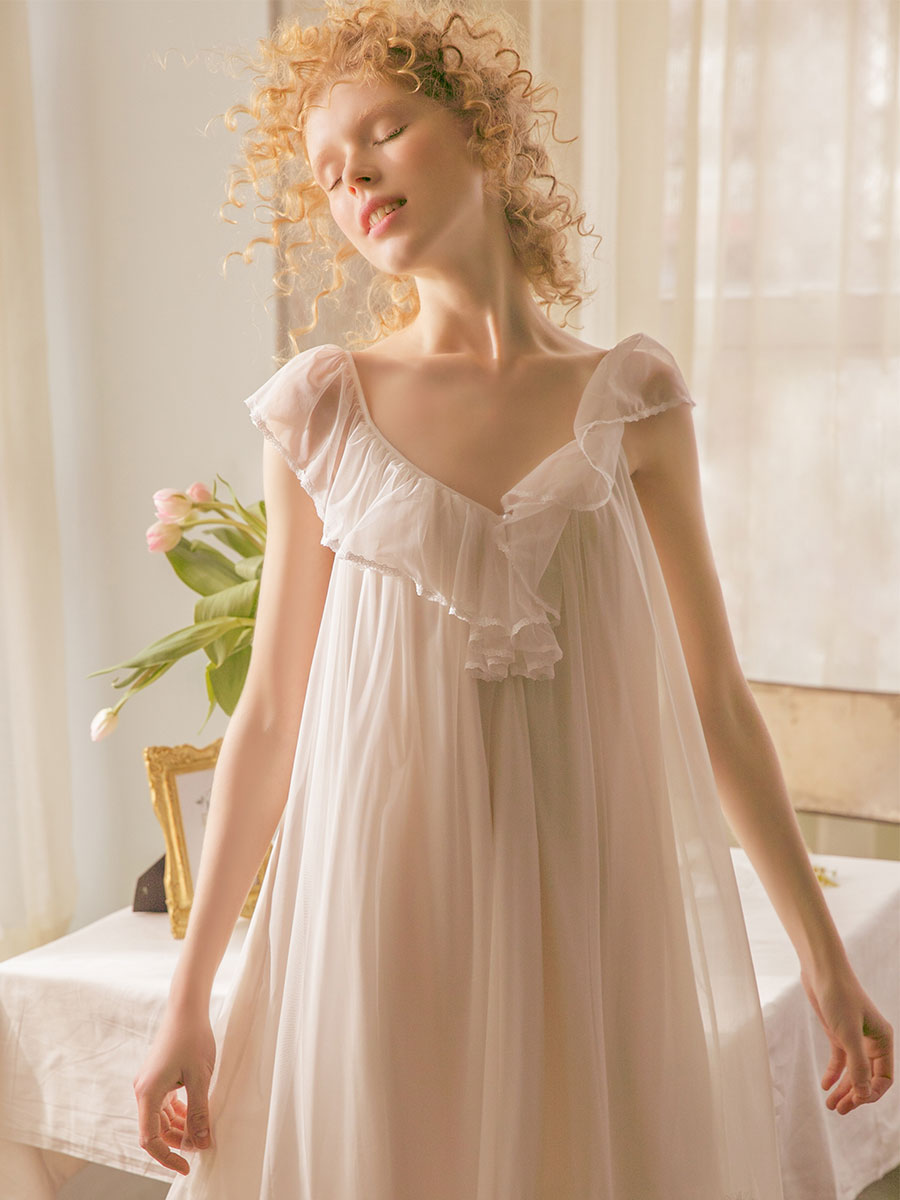 Free Shipping 2019 New Summer Women s Vintage Short Nightgown White and Pink Sleepwear Lace Sweet