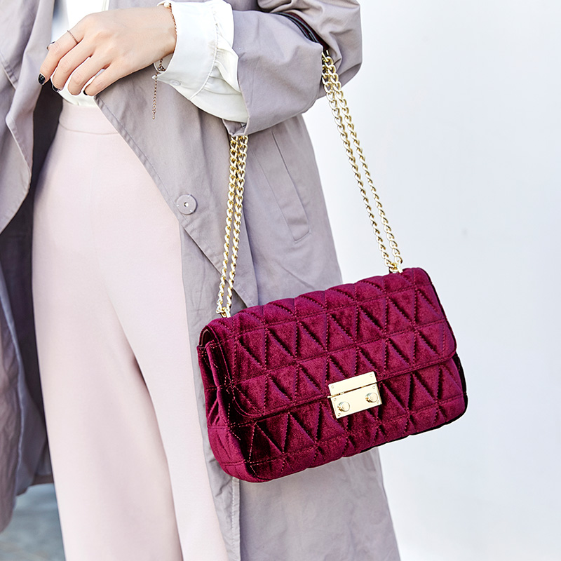 New Velvet Rhombic Chain Shoulder Messenger Bags High Quality Famous Design Women Purse and Handbags Fashion Crossbody BagsNew Velvet Rhombic Chain Shoulder Messenger Bags High Quality Famous Design Women Purse and Handbags Fashion Crossbody Bags
