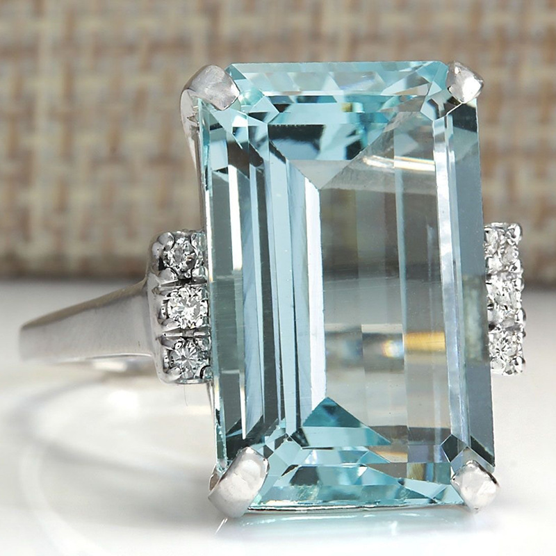 HUITAN Hyperbole Women Ring Cocktail Party Ring With Huge Sky Blue Cubic Zircon Prong Setting Valentine's Gift For Wife