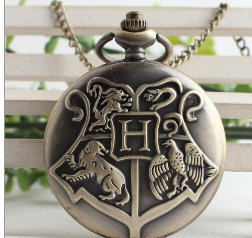 New Vintage Bronze Black Harry Potter Quartz Pocket Watch With Chain Retro Men Women Classic Pendant Necklace Clock Gift