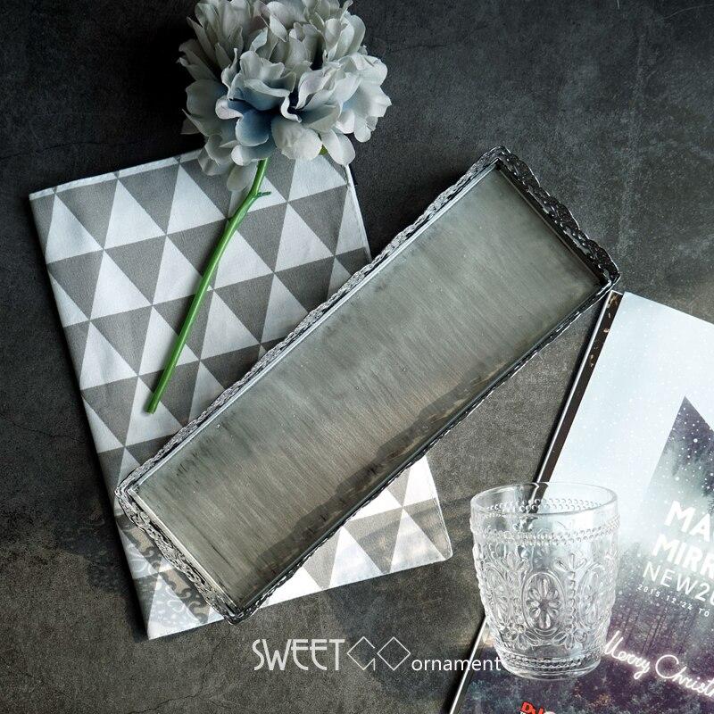 SWEETGO 컵케익 금속 철 웨딩 케이크 도구 디저트 장식 사탕 막대 공급 업체 주방 액세서리에 대한 은색의 스트립 트레이