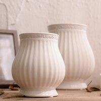 Wedding White Ceramic Vase Modern European Artificial Flower Vase Dry Flowers.Small Tabletop Vase For Wedding Decoration