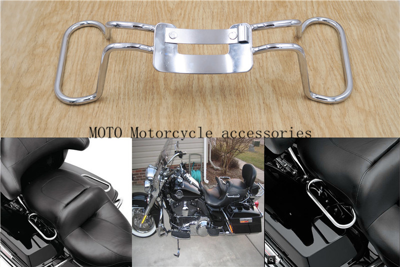 цены на Chrome Passenger Grab Rail For Harley Road King FLHR Electra Glide Classic FLHTC Seat Hand Grab Rail Bar Touring models' 09-'13 в интернет-магазинах