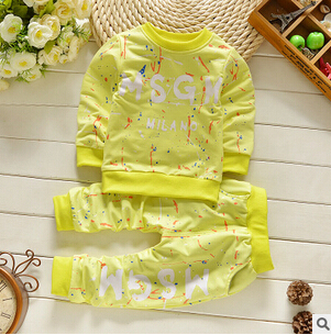 Conjuntos de roupas de bebê 2016 outono inverno quente dos desenhos animados do bebê calças casaco conjunto 2 peças bebê recém-nascido meninos meninas ternos