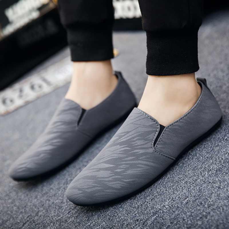 Man Casual Platte Schoenen mannen Slip Op Loafers Sneakers Ademend Confort Licht Lederen Ondiepe Jeugd Mannen Vulcaniseer Schoenen