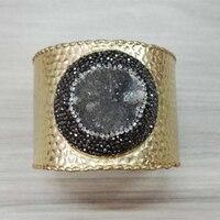 Encantos de jóias de luxo rodada áspera primas cinza druzy quartzo pedra pavimentada strass ouro verdadeiro aberto bangle ajustável para as mulheres