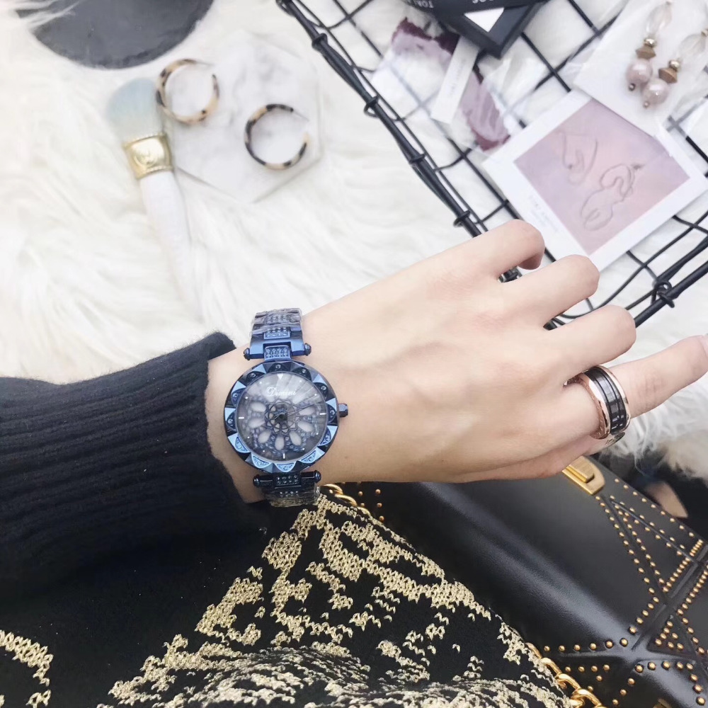 Anti Fading Blue Steel Watches for Women Fashion Spinning Bracelet Watch GOOD LUCK Rotating Flower Wrist watch Crystals Montre