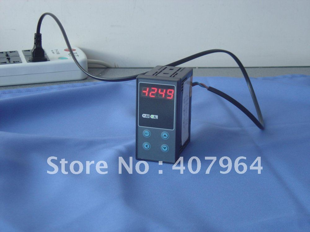 One Channel  Digital Temperature Controller Thermocouple Input with alarms output