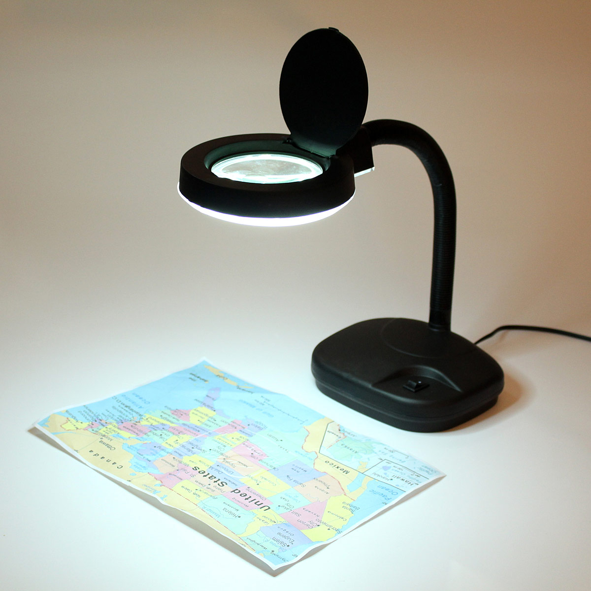LED Magnifying Lens Glass Flexible Book Night Light Magnifier Desk Table Lamp for Students Officers Watch Worker Black 220v 10x desk clip on led illuminated green optical big magnifying glass led lamp folding stand large magnifier with led lights