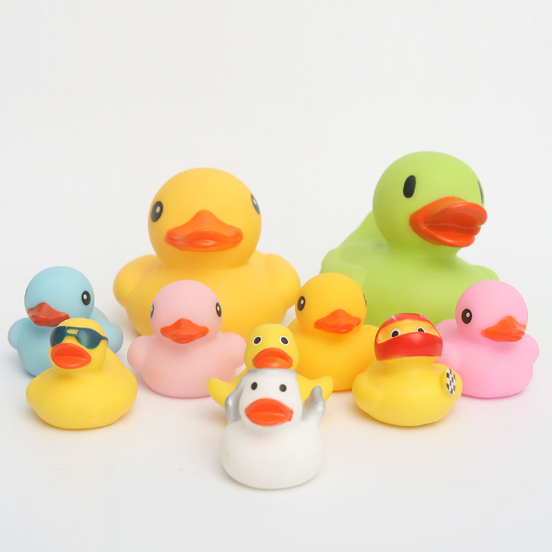 9pcs child plastic toy big yellow duck and Many mini colored ducks making baby bath time mare interesting(34)