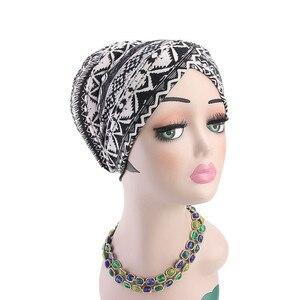 Image 3 - Müslüman kadınlar baskı pamuk sünger çapraz türban şapka kanser kemoterapi kemo kasketleri Caps Headwrap saç dökülmesi kapak aksesuarları