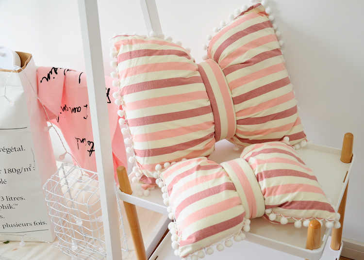Bowknot With Ball Shape Cotton Polyester Sofa Cushion Embrace Throw pillow Home Bedroom Decor Gift Seat Cushion Home&Garden
