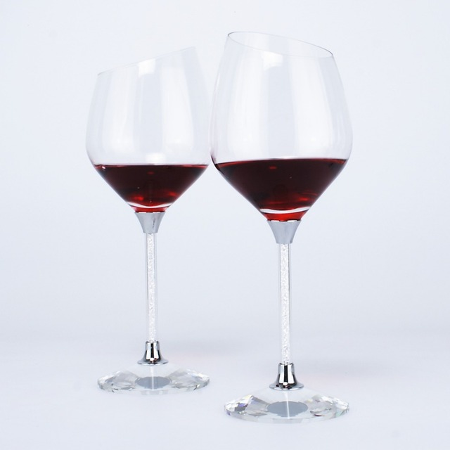 Hot Sale Water Droplet Shaped Wine Glass Filled With Rhinestone Stem U0026  Crystal K9 Base Bevel