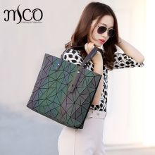 2017 Japan Bag Folding Adjustable Handbag Luxury Lucent Prism Rock Tote Bag Casual Shopper Tote luminous Women holographic Bao